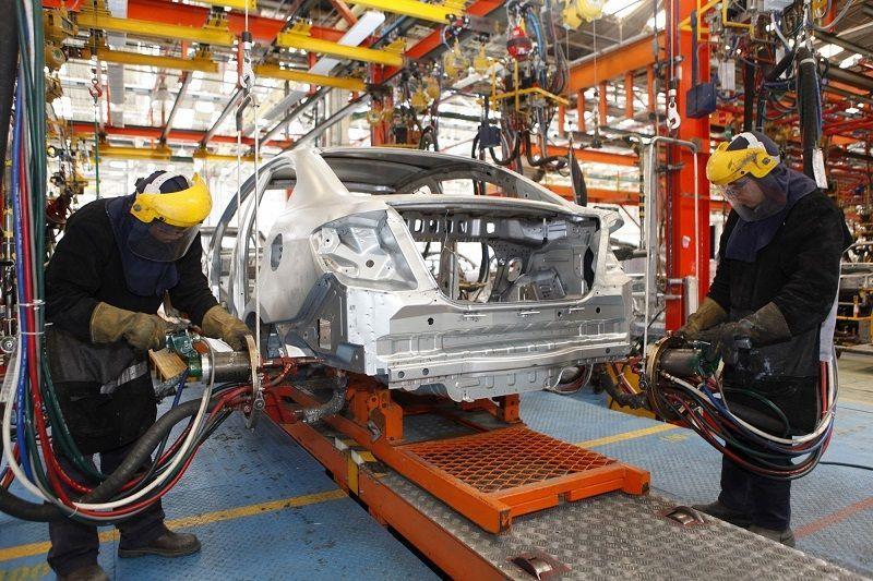 comprar-acciones-del-sector-automóviles-y-partes-cadena-de-montaje